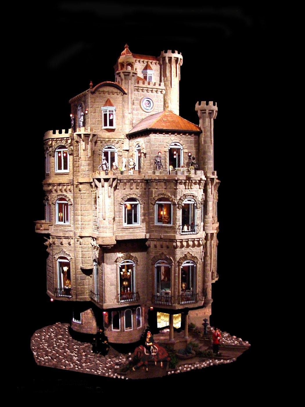 Chateau Astolat Dollhouse - Jouets les plus chers du monde- Krossin Bijoux pour enfants