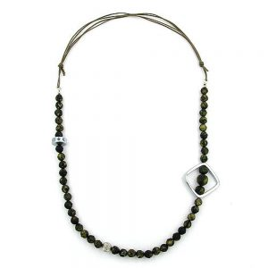 Collier baroque perles dolives chrome perle carree 00852xx
