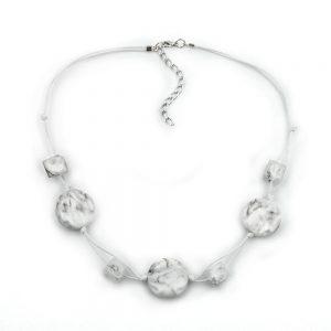 Collier blanc perles marbrees cordon double 00530xx