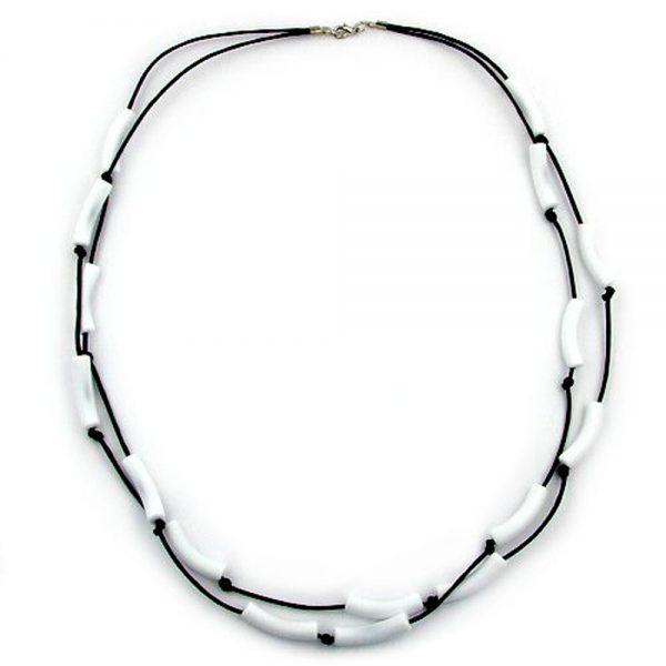 Collier de tubes blanc cordon noir 00324xx
