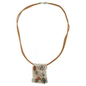 Collier macrame avec perles 01650xx