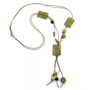 Collier oreiller perles olive brillant agite 00853xx