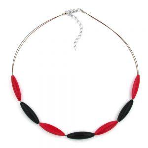 Collier perles rouges et noires en forme dolive 00504xx