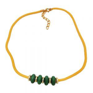 Collier vert perles en bois cordon jaune 05227xx