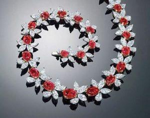 collier-red-scarlet-krossin-bijouterie-colliers-les-plus-chers